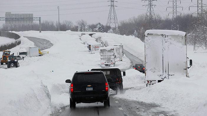 30713-cuomo-views-snow-da2